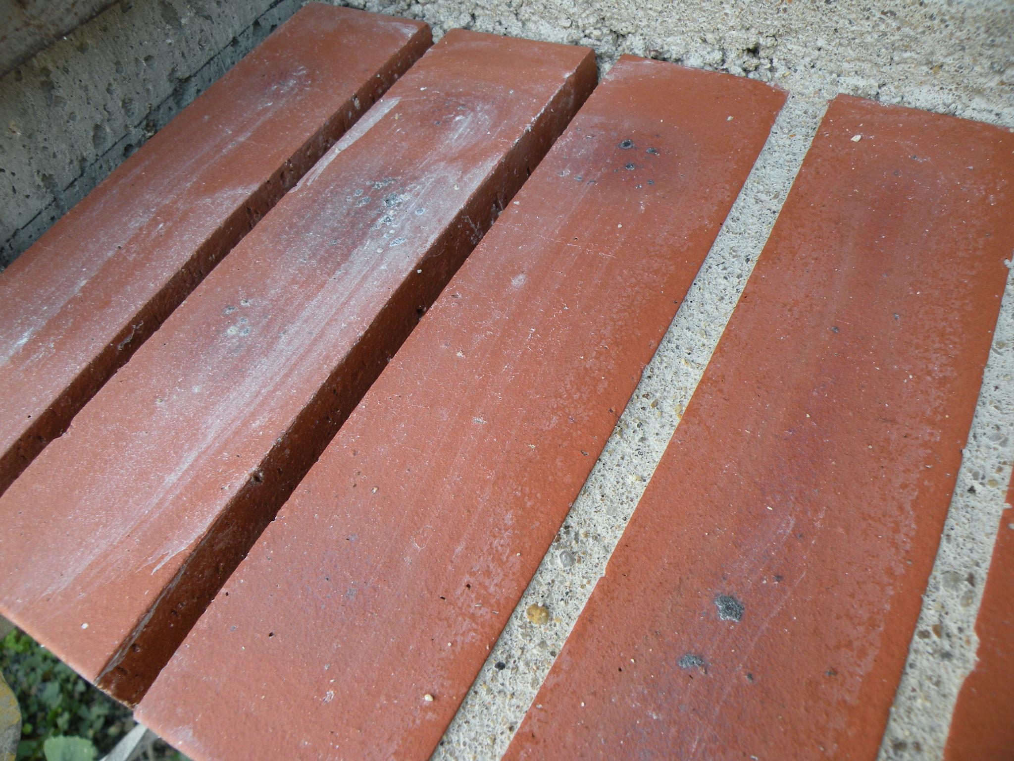 Des appuis et des seuils for Appuis de fenetre en zinc