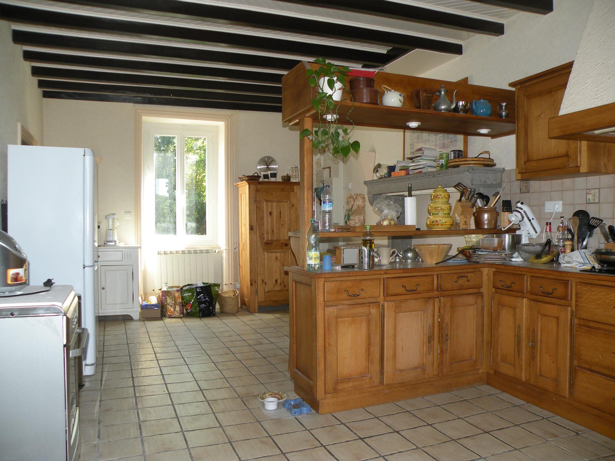 Meubler la cuisine - Image de placard de cuisine ...