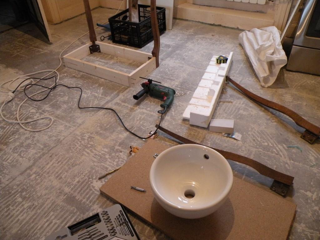 cinq couches de peinture. Black Bedroom Furniture Sets. Home Design Ideas