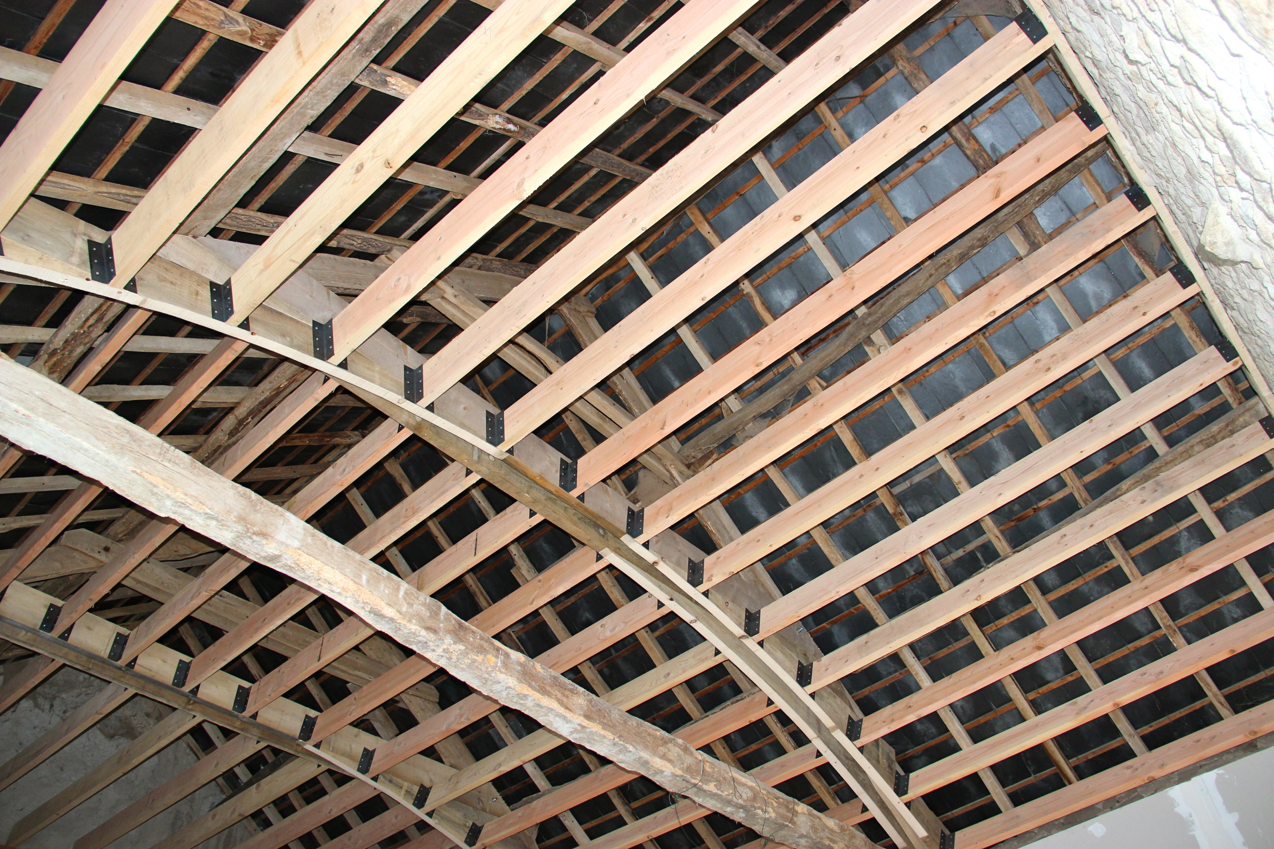 Haut de plafond for Plafond ossature bois