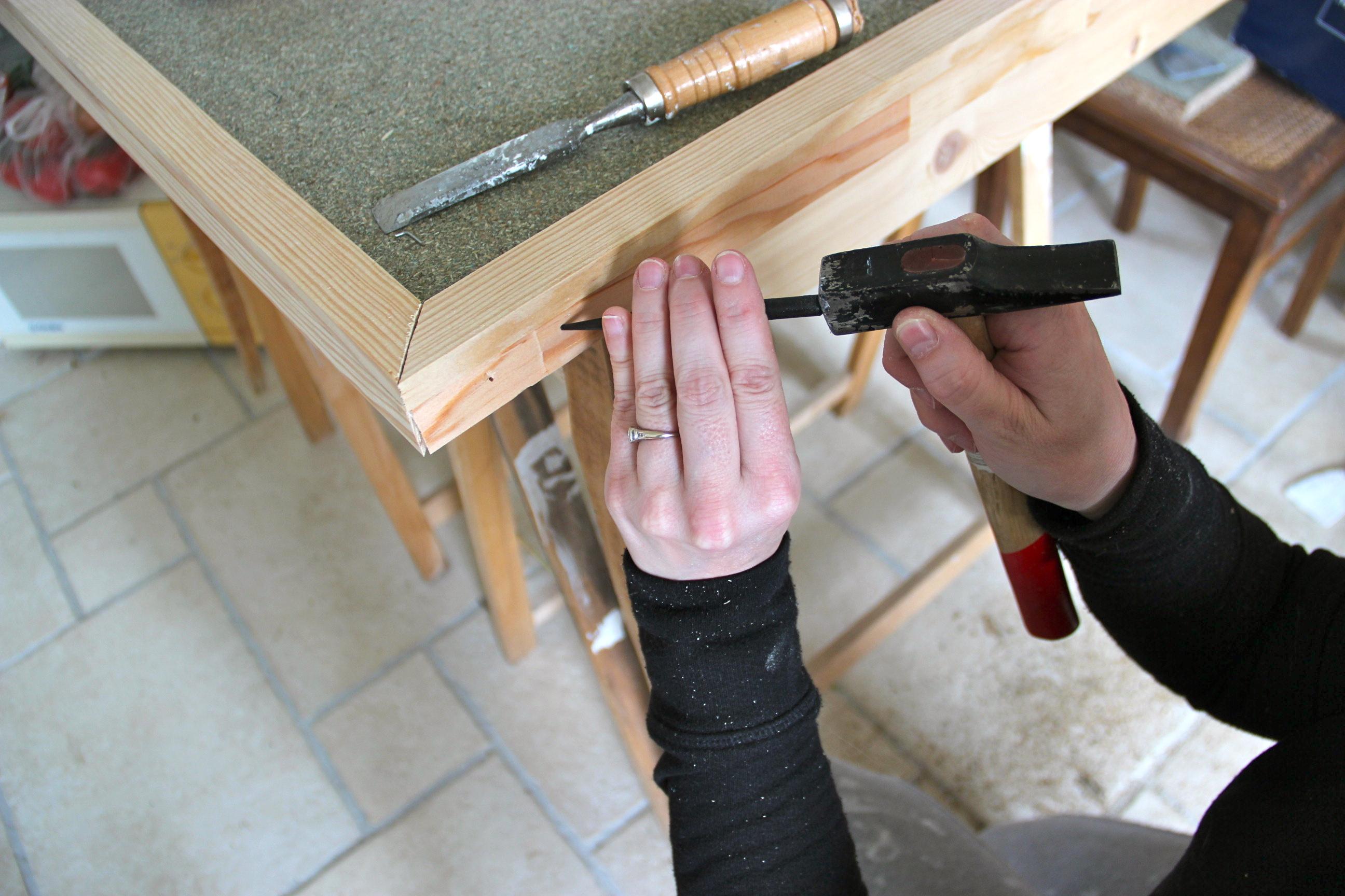Un meuble de toilette deux le ons - Costruire un mobile in legno ...